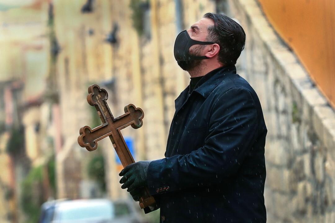 ISRAEL-PALESTINIAN-HEALTH-VIRUS-CHRISTIANS-EASTER
