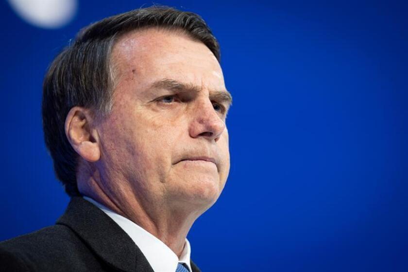 El presidente de Brasil, Jair Bolsonaro, participa el 22 de enero de 2019 en una mesa redonda durante la jornada inaugural del 49? Foro Económico Mundial de Davos (Suiza). EFE/Archivo
