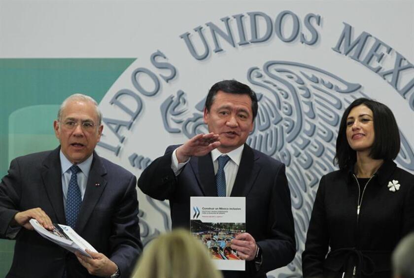"""Solo 14 % de las alcaldías en México están gobernadas por mujeres, afirmó hoy la presidenta del Instituto Nacional de las Mujeres, Lorena Cruz, durante la presentación del informe """"Construir un México inclusivo. Políticas y buena gobernanza para la igualdad de género"""". EFE"""