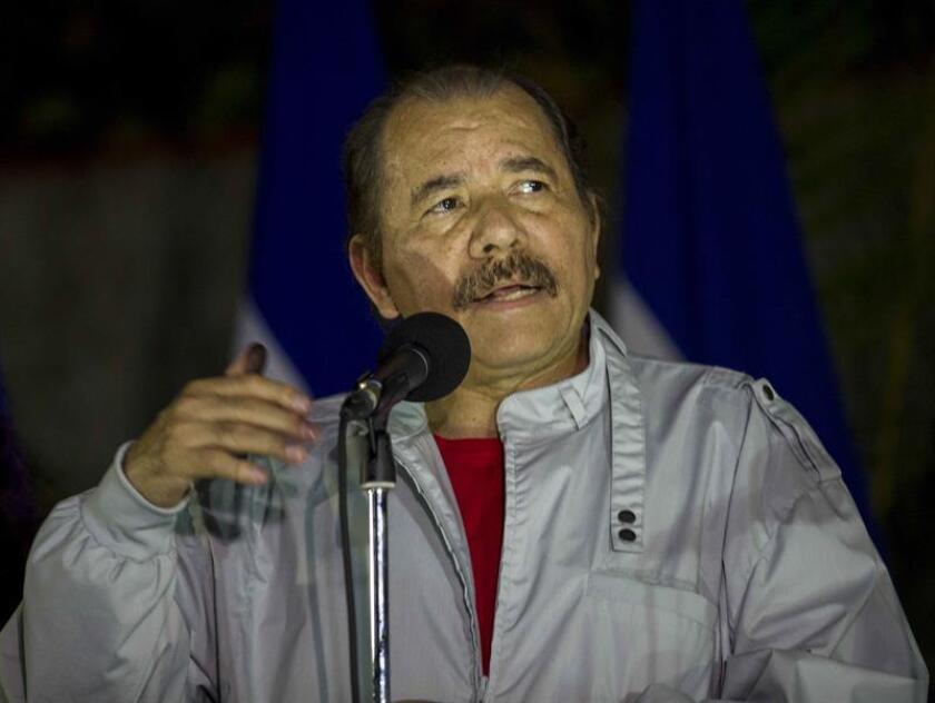 El presidente nicaragüense, Daniel Ortega, fue reelegido este domingo con el 72,1 % de los votos, está vez junto a su esposa, Rosario Murillo, como vicepresidenta, según los nuevos resultados oficiales del escrutinio provisional de los comicios generales celebrados en Nicaragua.