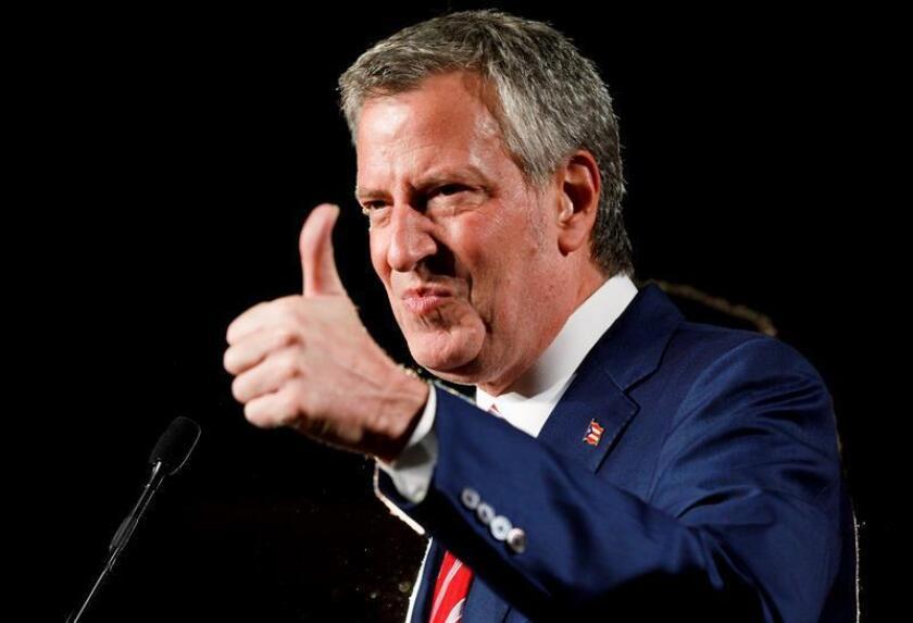 Nueva York sedujo a 62,8 millones de turistas en 2017, la cifra más alta de la historia, 50 de los cuales fueron estadounidenses y 13, internacionales, según anunció hoy el alcalde de la ciudad, Bill de Blasio. EFE/ARCHIVO