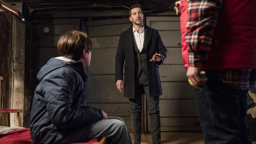 "Luke Roberts stars in ""Ransom"" on CBS."