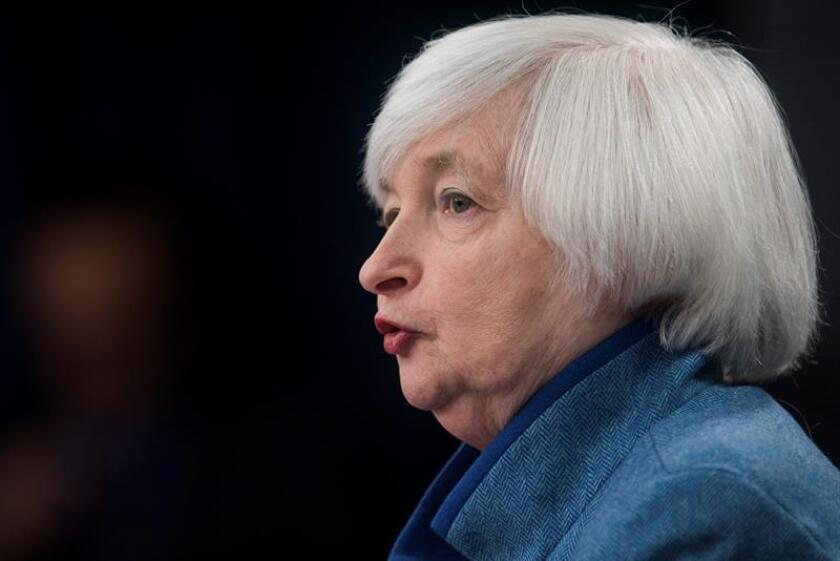 La Reserva Federal (Fed) inició hoy su primera reunión del año sobre política monetaria, en la que analizará el ritmo de alza de tipos de interés, y la primera desde la toma de posesión del presidente Donald Trump. EFE/ARCHIVO