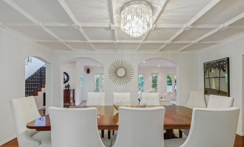 Julie Yorn's Brentwood home   Hot Property