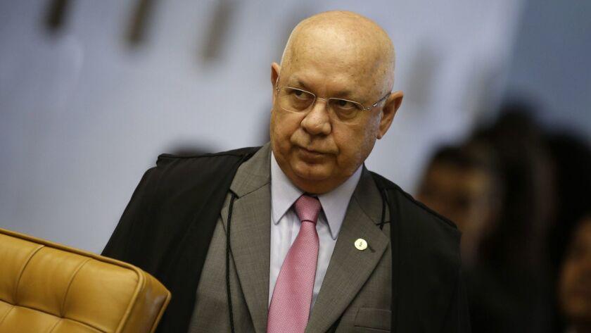 Teori Zavascki lead investigator of the corruption cases in Brazil suffers an airplane accident