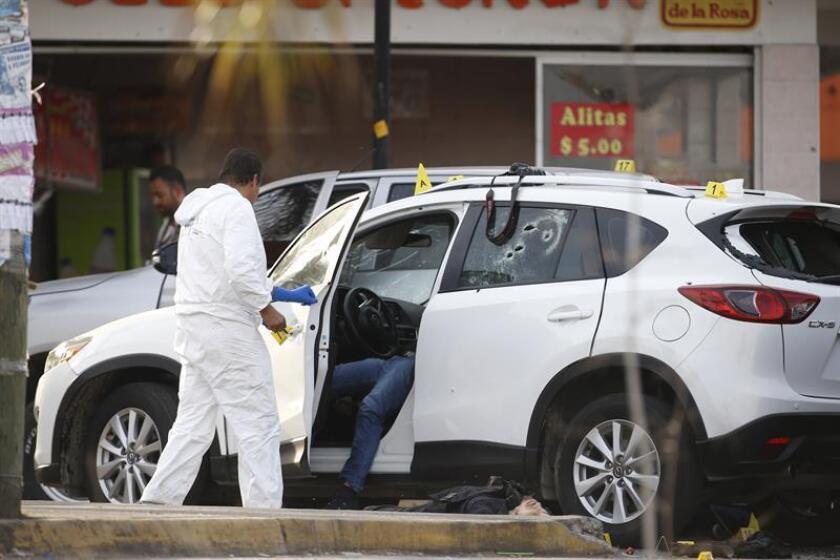 Al menos diez bandas criminales se disputan el control de la Ciudad de México, y buena parte de los homicidios en la capital tienen que ver con este enfrentamiento, informaron las autoridades locales. EFE/Archivo
