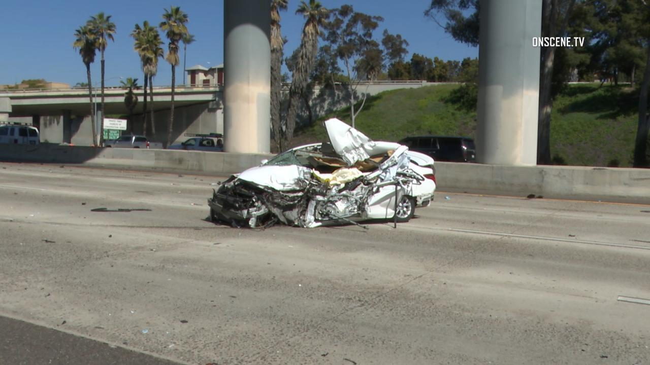 Fatal crash on southbound I-5 near downtown snarls traffic during