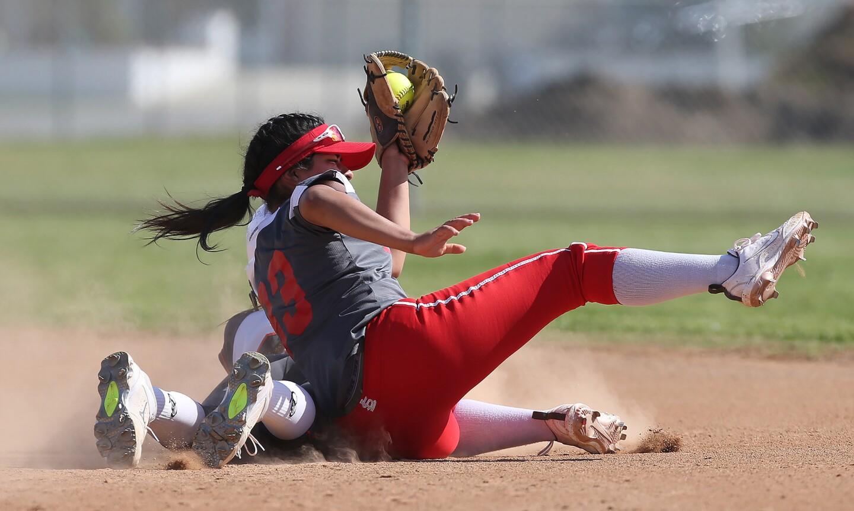 Photo Gallery: Los Amigos vs. Loara in softball