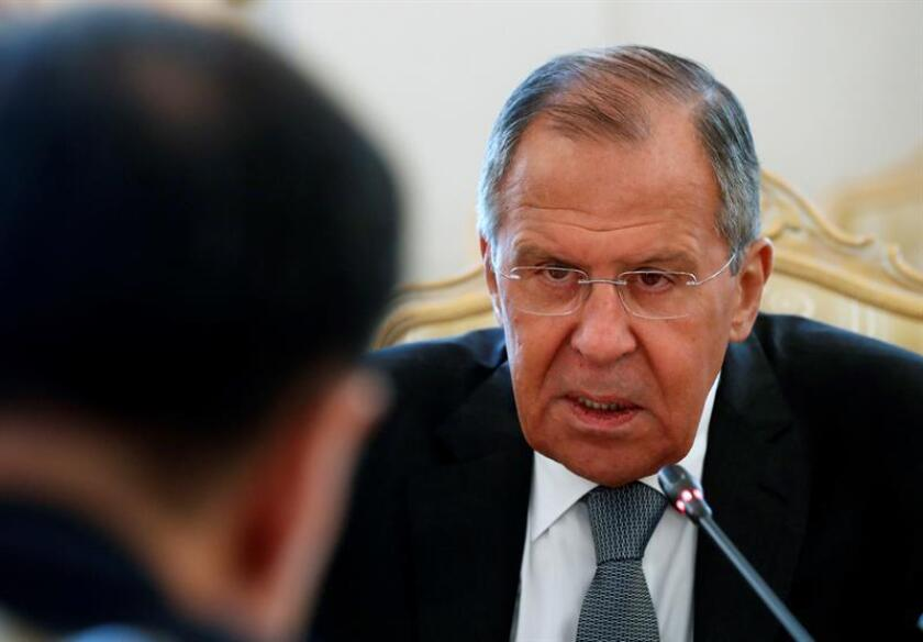 El ministro ruso de Exteriores, Serguéi Lavrov (d). EFE/Archivo