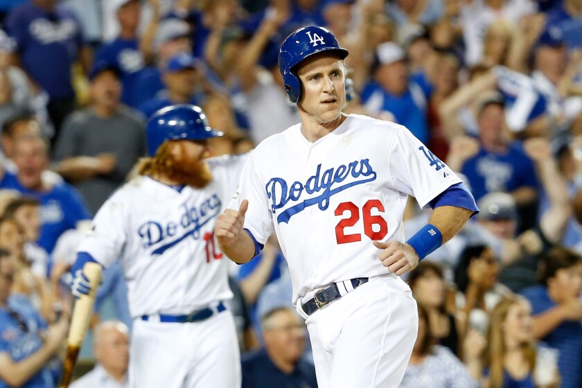 The Dodgers and Chase Utley have agreed to a one-year contract, bringing the second baseman back for the 2016 season.