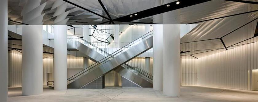 """Fotografía facilitada por la Fundación Hyatt de la Torre Alianz de Milán (2014), que fue diseñada por el arquitecto, urbanista y teórico japonés Arata Isozaki, de 87 años, quien ha recibido este martes en Chicago el Premio Pritzker 2019 por una obra """"que supera el marco de la arquitectura para plantear cuestiones que trascienden eras y fronteras"""", según el fallo del jurado. EFE/Fundación Hyatt/Alessandra Chemollo *SOLO USO EDITORIAL*"""