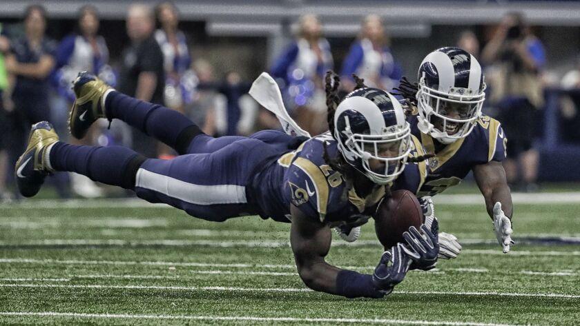 check out 6527f 9e857 Rams linebacker Mark Barron might finally return Sunday to ...