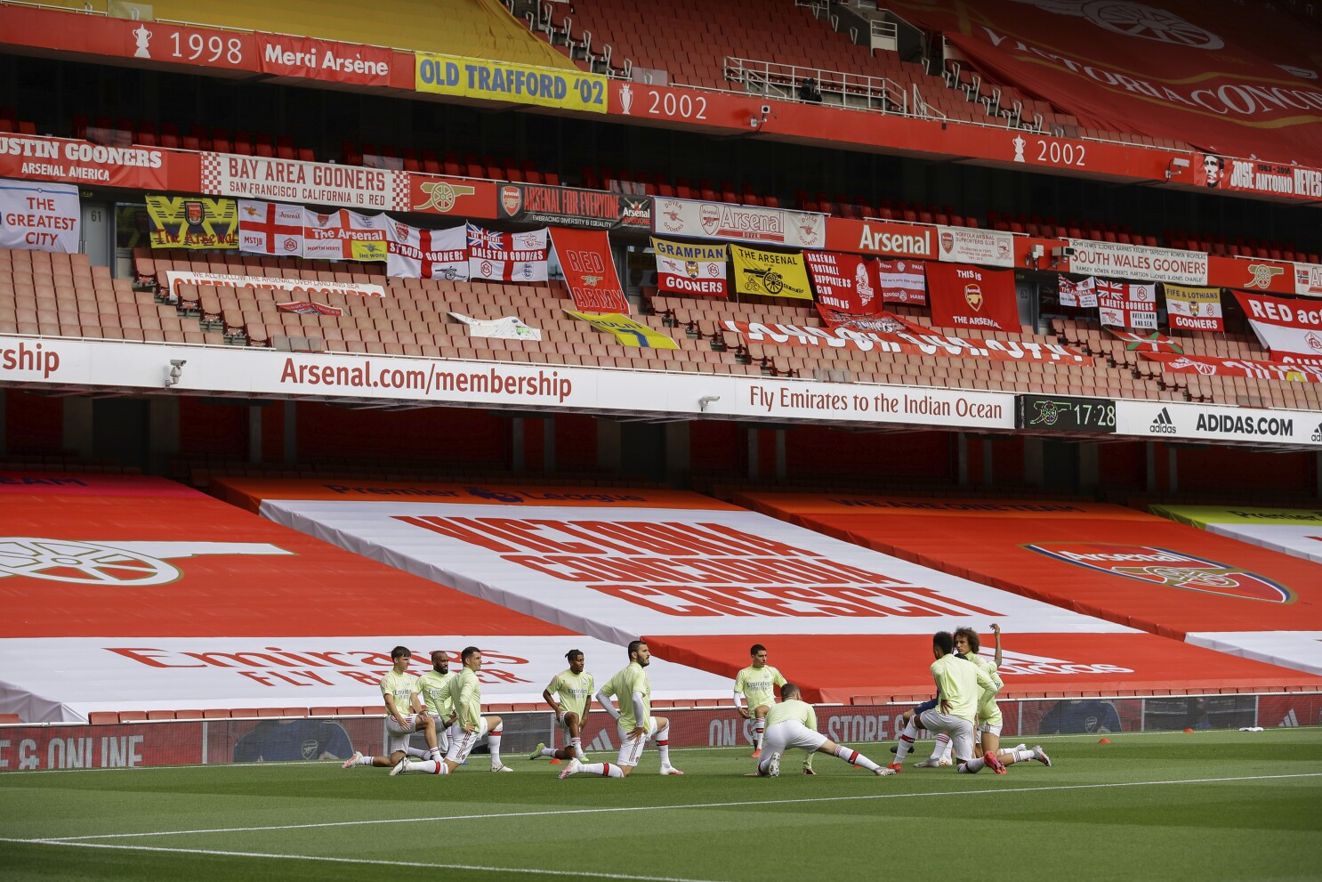 Fifa Fines Arsenal Over Sell On Clauses For Player Transfers The San Diego Union Tribune