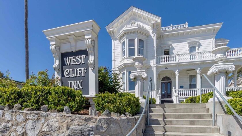 Santa Cruz's West Cliff Inn has a Coastal Escape deal through May 23.