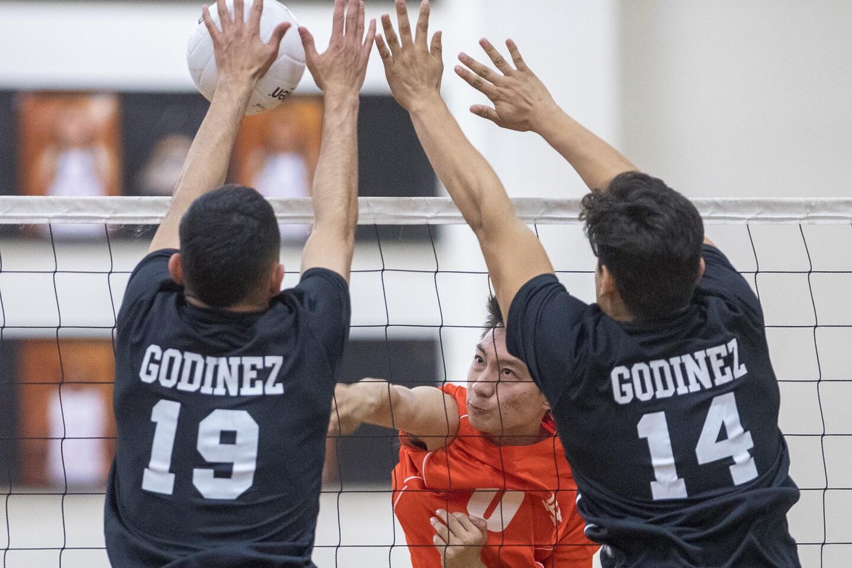 Los Amigos vs. Godinez boys' volleyball match