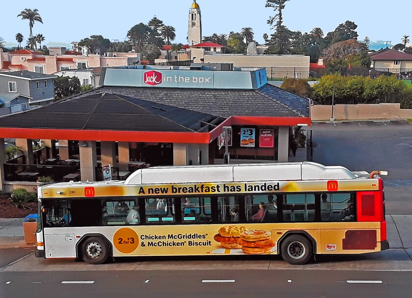 The '30' bus traverses through La Jolla.