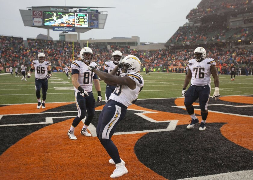 San Diego Chargers vs. Cincinnati Bengals at Paul Brown Stadium. Ronnie Brown celebrates in the end zone after a late 4th quarter TD that sealed the game. Chargers beat the Bengals 27-10.