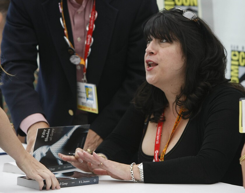 """Cincuenta Sombras de Grey"" author E.L. James at Comic-Con in San Diego in July."