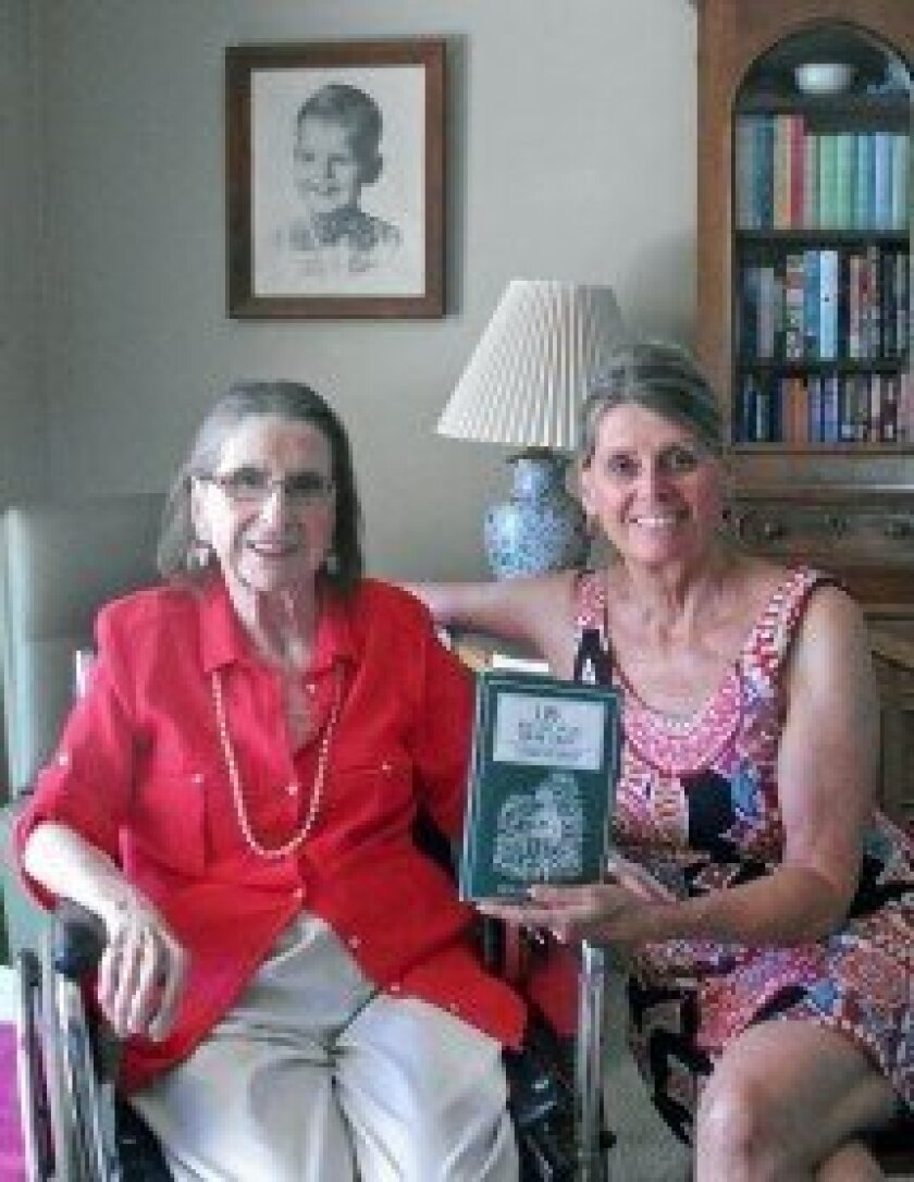 Ruth Giffin Godley and Janice Giffin. Photo by Diane Welch