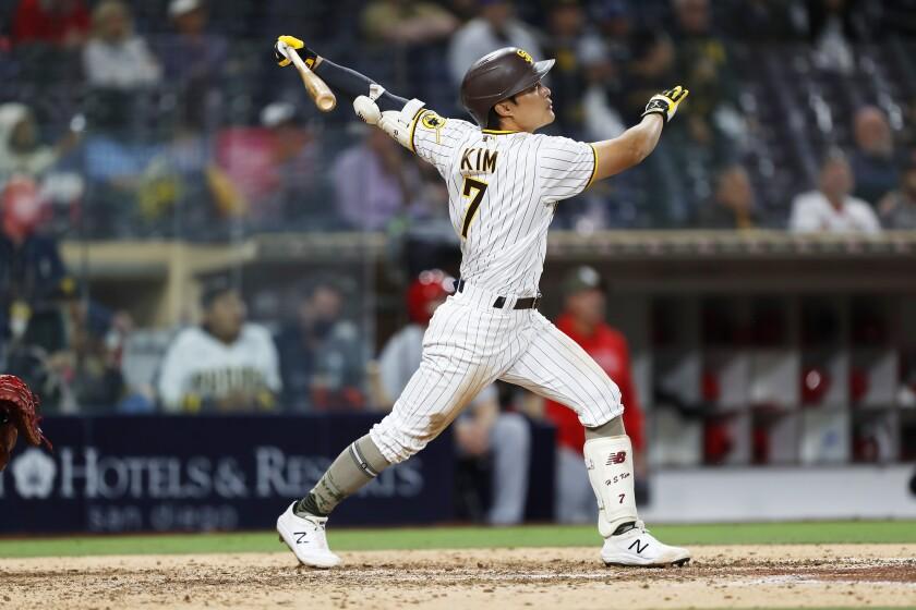 Ha-seong Kim hits a sacrifice fly in the seventh inning