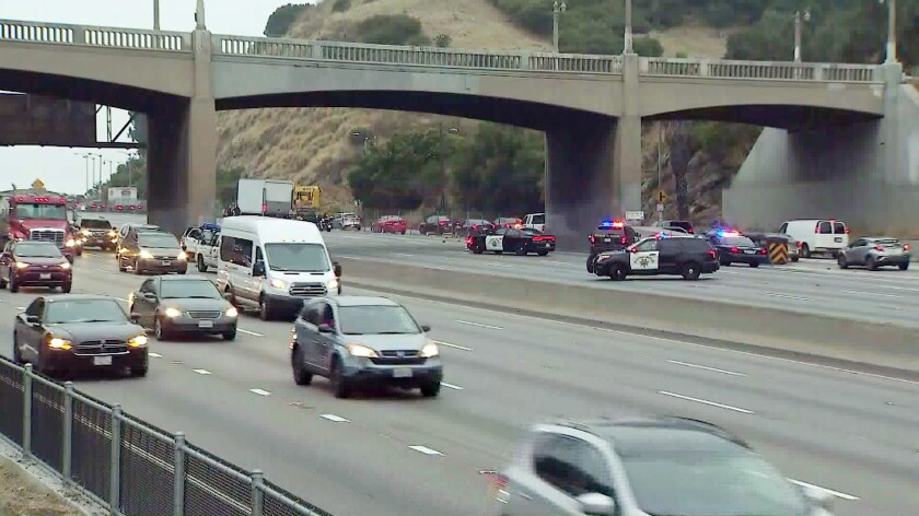 101 Freeway reopens hours after body is found in apparent