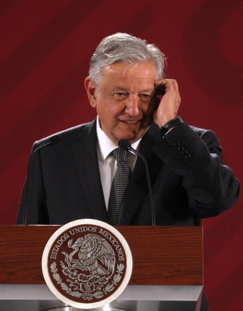 El presidente de México, Andrés Manuel López Obrador, habla en rueda de prensa el miércoles 27 de febrero de 2019, en el Palacio Nacional de Ciudad de México (México). EFE/Archivo