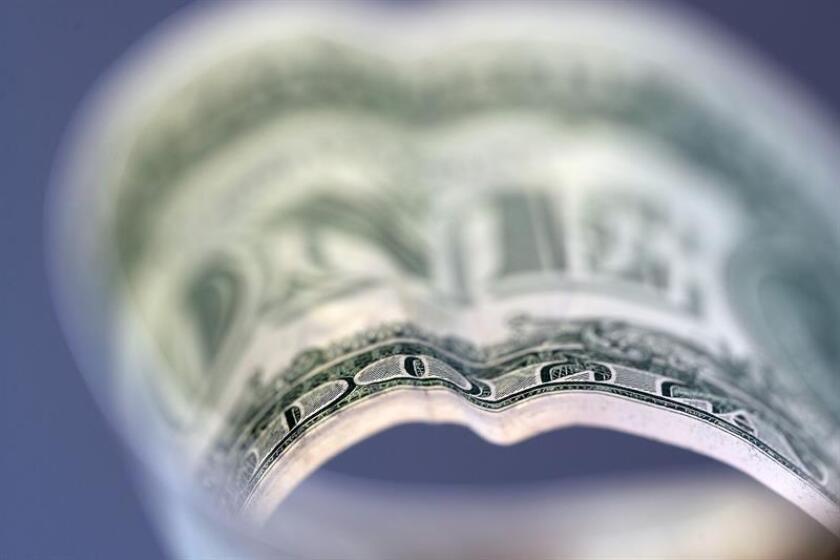 Vista de billetes de dólares. EFE/Archivo