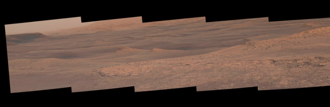 MSSS cameras on rover Curiosity have produced panoramic images of Mar's Gale Crater.