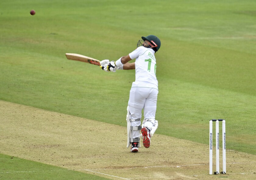 Pakistan's Mohammad Rizwan bats during the second day of the second cricket Test match between England and Pakistan, at the Ageas Bowl in Southampton, England, Friday, Aug. 14, 2020. (Glyn Kirk/Pool via AP)