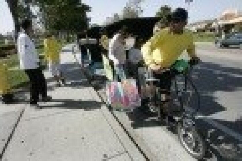 Pedicab business flourishing in San Ysidro