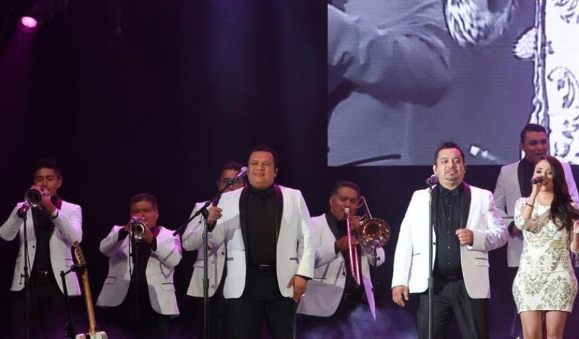La agrupación mexicana Los Ángeles Azules interpretará en el festival de música Coachella un repertorio que refleje su historia y su trayectoria de décadas, según dijo a Efe el cantante y vocalista Erick de la Peña. EFE/ARCHIVO
