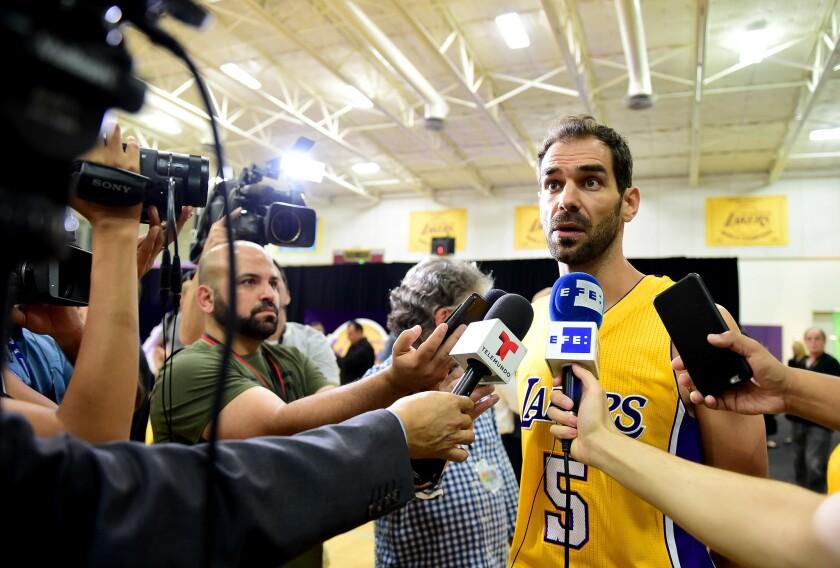 Marcelo Huertas y José Calderón tendrán una 'sana rivalidad' por el puesto de guardia en Lakers.