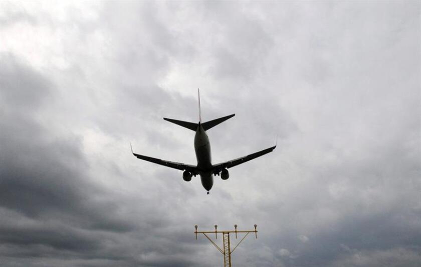 La firma aeronáutica Boeing anunció hoy un pedido de 50 aviones modelo 737 MAX 10 por parte de la indonesia Lion Air Group, una aerolínea de bajo coste fundada en 2000. EFE/Archivo