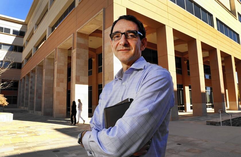 FDA approves knockoff of Amgen biologic drug