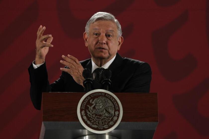 """López Obrador responde a calificadoras que tiene """"otros datos"""" sobre Pemex"""