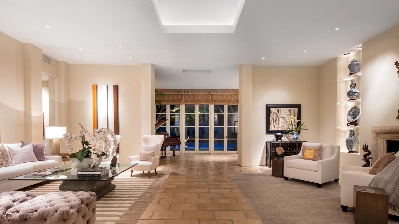 Bob Ray Offenhauser-designed villa in Hancock Park   Hot Property