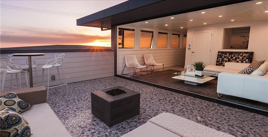 Janie Buss' contemporary home in Manhattan Beach