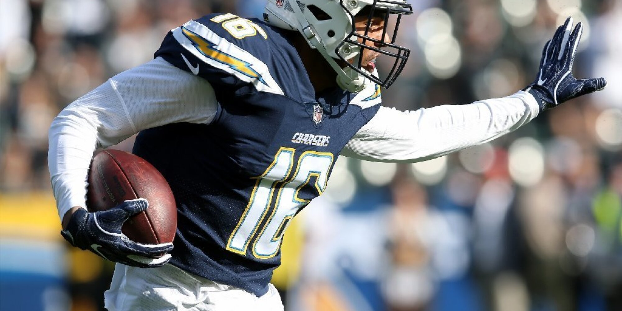 ff9f808a NFL Week 17: Chargers roll Raiders 30-10; 49ers beat Rams 34-13 ...