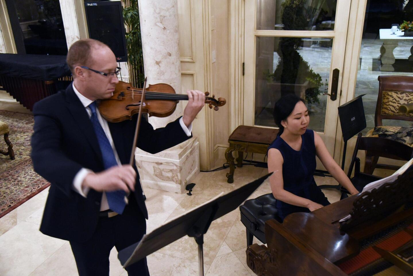 San Diego Symphony presents recital and panel discussion