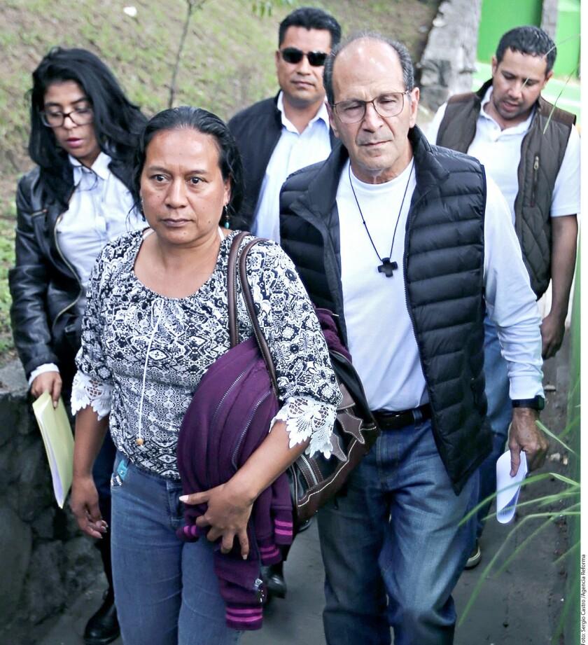 El sacerdote Alejandro Solalinde indicó hoy que está buscando apoyo entre la comunidad del norte y centro de California para resaltar la crisis que está viviendo la frontera entre EE.UU. y México.