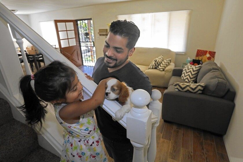 Abraham Cardona opted for a nonbank lender for his mortgage