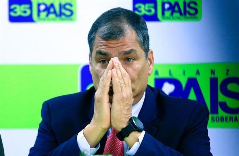 El expresidente de Ecuador Rafael Correa y quien fuera ministro de Exteriores durante su mandato, Ricardo Patiño, han presentado ante la Organización de Estados Americanos (OEA) una denuncia por alteración del orden constitucional en su país. EFE/ARCHIVO