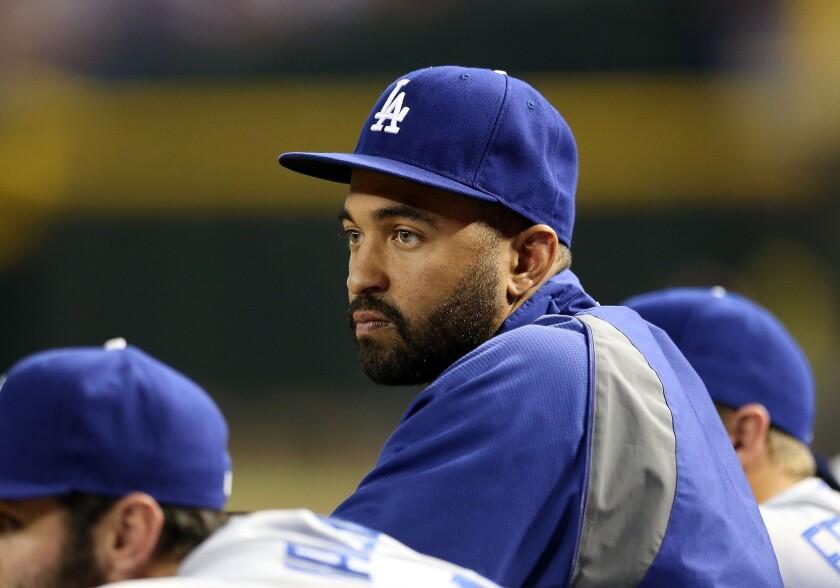 Dodgers center fielder Matt Kemp injured his shoulder during Friday's game against the San Francisco Giants.