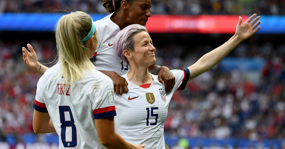 Column: Women's World Cup: Megan Rapinoe thrives in spotlight to help send U.S. into semifinals