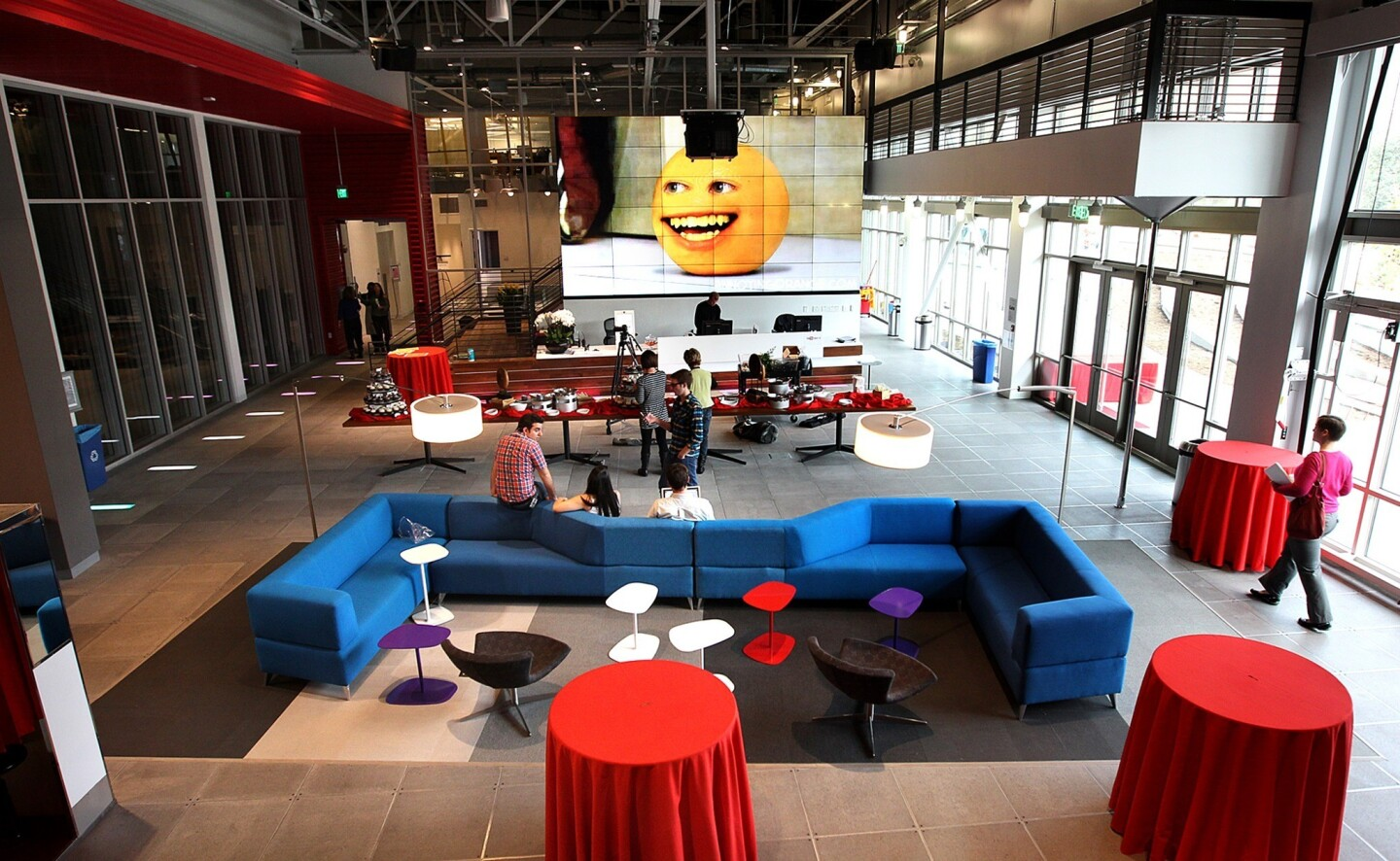The new You Tube Space in Playa Del Rey is a state-of-the-art production facility for creators.
