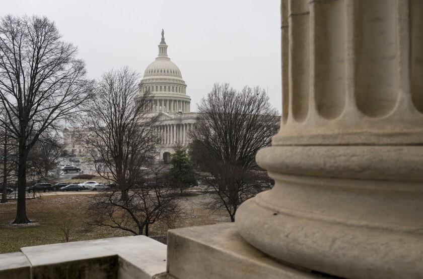 Esta fotografía muestra el Capitolio federal en Washington, el martes 26 de enero de 2021.