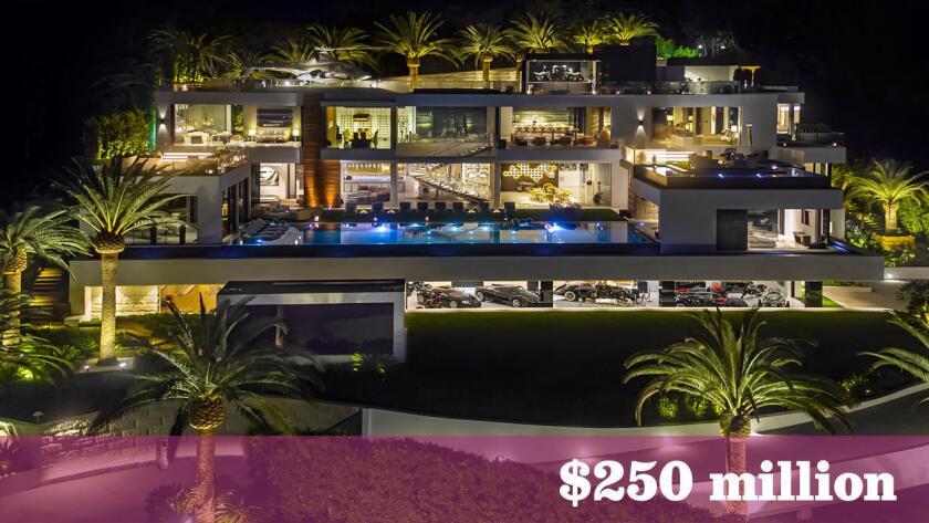 En el mercado de viviendas ultralujosas de Los Ángeles, varias propiedades en el rango de los $100 millones cambiaron de dueños el año pasado. La última novedad es esta propiedad especulativa (construida para su venta), valuada en $250 millones, en Bel-Air.