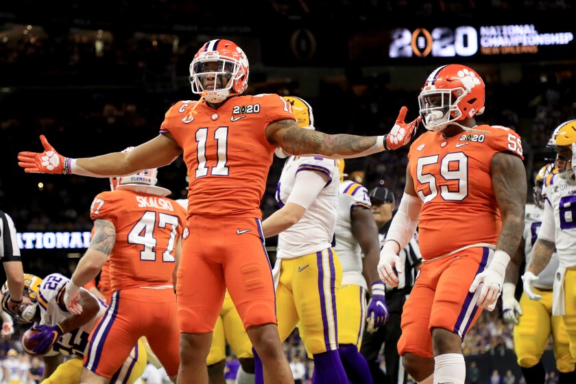 The Chargers should use their sixth overall pick in the draft on Clemson linebacker Isaiah Simmons (11), pictured in January's national championship game.