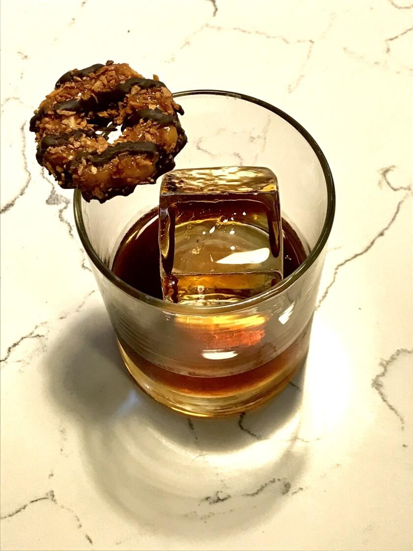 samoa-inspired cocktail