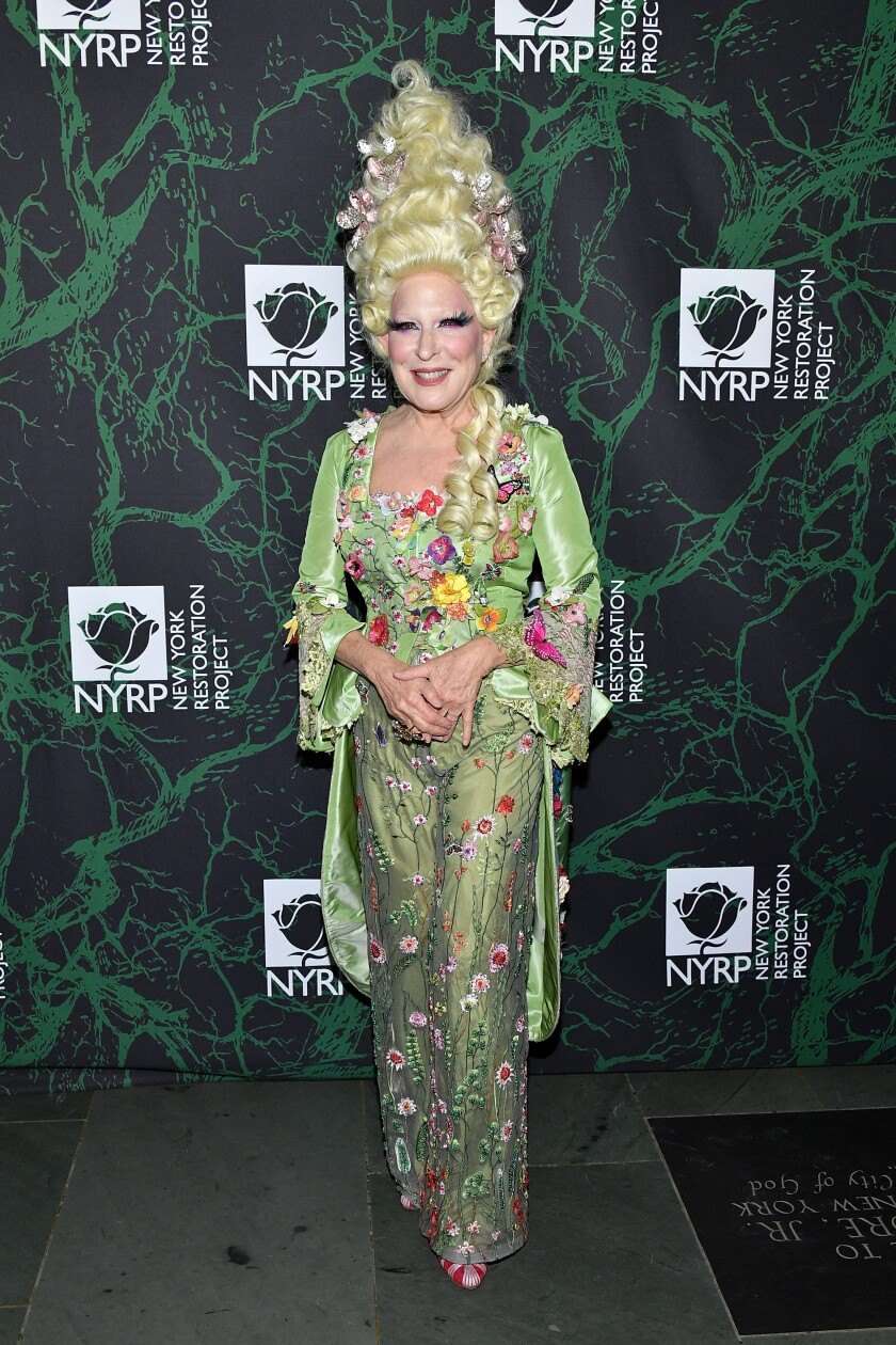 See The All Time Best Celebrity Halloween Costumes Los Angeles Times
